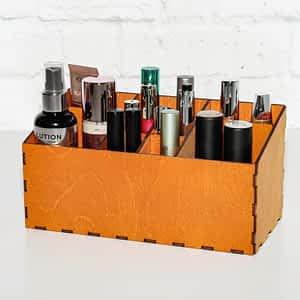 drewniany organizer na kosmetyki